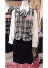 ◇優しい色合いが誠実上品なグレーチェックの会社制服