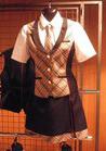 ◇大人の色味が人気なAKB仕立てのアミューズメント制服