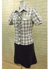 ◇シックなフリルがポイントの会社用事務服・受付制服
