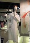 ◇やさしいトーンの配色が清潔感のある白衣ワンピース