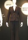 ◇パンツスーツスタイルでエコの事務服