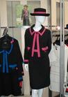 ◇ブラック×ピンクがキュート・シックな受付制服♪