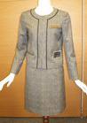 ◇リッチで華やかなノーカラージャケットの会社用制服